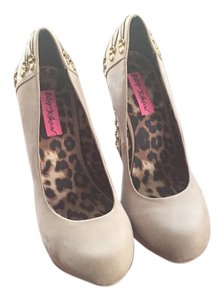 Betsey Johnson Leopard Chunky Corset High Lace-up Tan Pumps