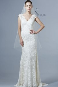 Saison Blanche Boutique Lace Wedding Dress