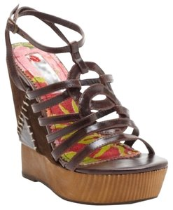 Two Lips Brown Wedges