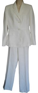 Kasper Single Breasted 4 Small S Ivory Pants Suit