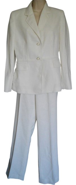 Kasper Ivory Single Breasted Small S One Button Pant Suit Size 4 (S) Kasper Ivory Single Breasted Small S One Button Pant Suit Size 4 (S) Image 1
