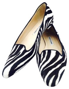 Manolo Blahnik Black and white Flats