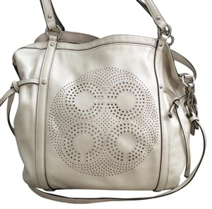 Coach Tote in White Pearl