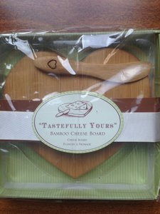 70 New Cheese Board/spreader Favors