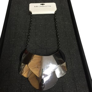 Liz Claiborne NWT Mixed Metal necklace