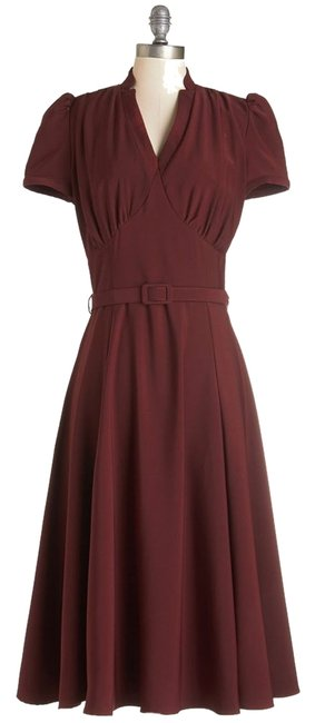 Item - Wine Modcloth Radio Hour Mid-length Work/Office Dress Size 4 (S)