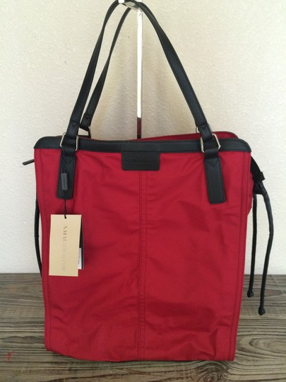 Burberry Check Zipper Tote in Red