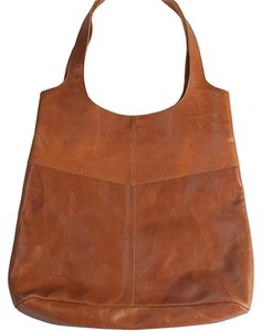 Raven + Lily Tote in brown