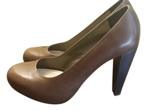 Loeffler Randall Pump Platform Pump Brown Pumps