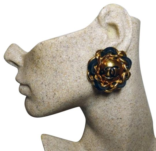 Preload https://item2.tradesy.com/images/chanel-authentic-chanel-vintage-leather-and-gold-plate-links-cc-clip-earrings-5972551-0-0.jpg?width=440&height=440