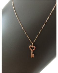 Tiffany & Co. Tiffany Rose Gold pendant with chain