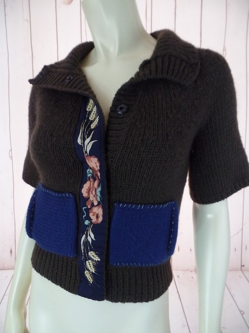 Anthropologie Xs Short Sleeves Pockets Snap Front Wool Acrylic Blend Boho Applique Floral Ribbon Sweater