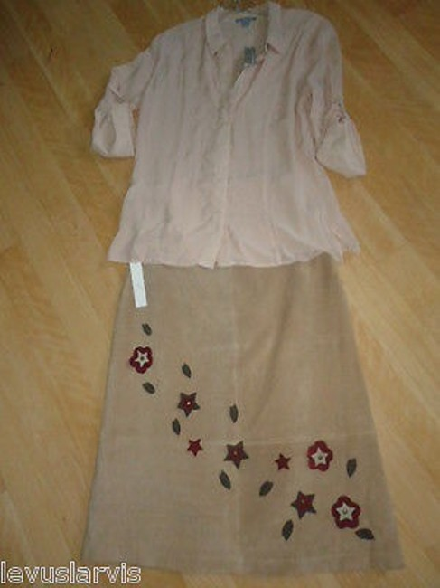 For Joseph Leather By In Taupe Suede Is Knee Length Cute Skirt Beiges
