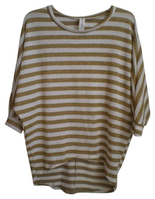 Preload https://item1.tradesy.com/images/vanilla-bay-gold-and-white-new-dolman-sleeve-tunic-size-10-m-5976055-0-0.jpg?width=400&height=650