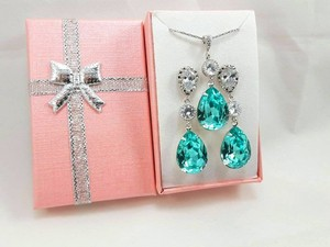 Light Turquoise Swarovski Crystal Necklace and Earrings Jewelry Set