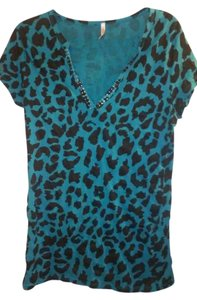 Rue 21 T Shirt Dark Teal Blue And Black