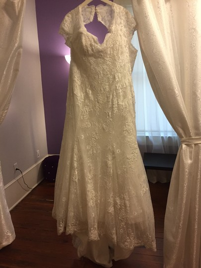 Maggie Sottero Ivory Lace & Tulle 12403 Dress Size 22 (Plus 2x)