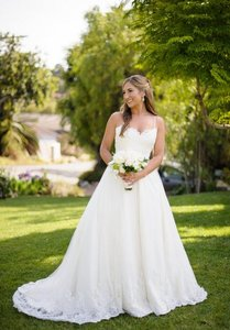 Modern Trousseau Porter Wedding Dress