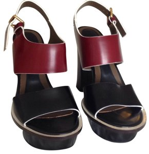 Marni Vitello Lucido Black & Bordeaux Sandals