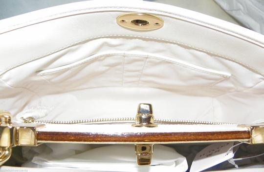 Coach Gramercy Style 35285 Cream Smooth Leather Gold Studded Crossbody Strap Strap Satchel in White Beige