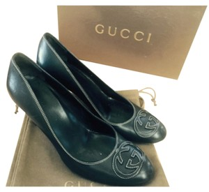 Gucci Black Leather Pumps
