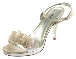 Style & Co Champagne/Gold Sandals