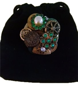 Other Vintage Old Buttons Green Rhinestones Broach Pin