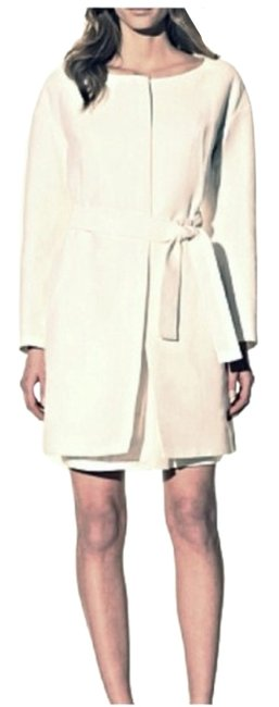 Preload https://item5.tradesy.com/images/chloe-white-belted-ribbed-size-os-one-size-5991859-0-0.jpg?width=400&height=650