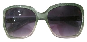 Elle Brand new Elle Sunglasses, green frames
