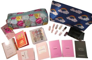 Betsey Johnson 12 Pc New Heart Betsy Johnson cosmetic bag with free goodies
