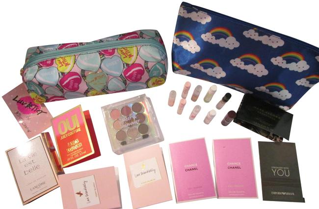 Item - Light Blue 12 Pc New Heart with Free Goodies Cosmetic Bag