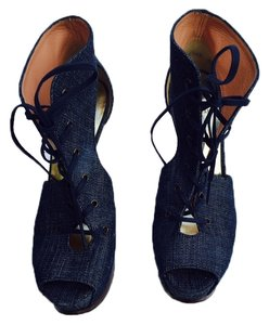 Stuart Weitzman Material High Heels Lace Up High Heel Stiletto Jean Platforms