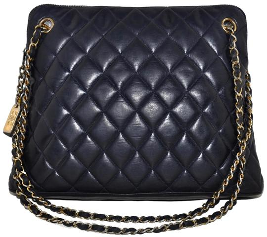 Chanel Paris Navy Quilted Lambskin Blue Leather Shoulder Bag 79% off retail