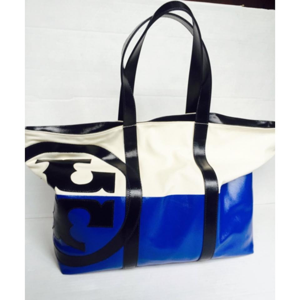 5d4a7821f Tory Burch Large Dipped Beach Tote New - Never Used Ivory/Blue Canvas  Weekend/Travel Bag - Tradesy