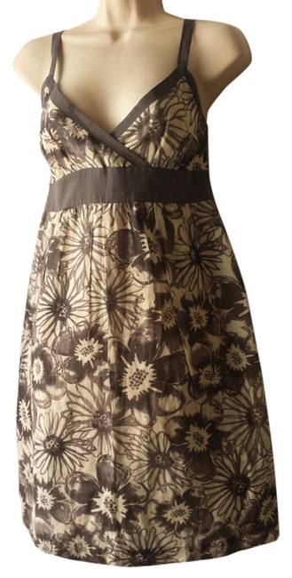 Preload https://item3.tradesy.com/images/vince-gray-floral-cotton-silk-dress-ivory-5997802-0-1.jpg?width=400&height=650