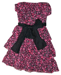 White House | Black Market Floral Ruffles Ruffle Boning Dress