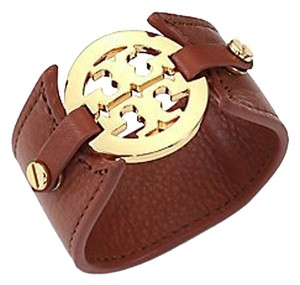 Tory Burch Women's Tory Burch Leather Logo Buckle Bracelet - Royal Tan