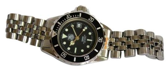 Preload https://item3.tradesy.com/images/tag-heuer-stainless-ladies-professional-diver-200-steel-quartz-watch-6004762-0-0.jpg?width=440&height=440