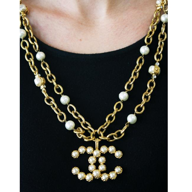 """Chanel Yellow Vintage 28 Season (Collection) Row Faux Pearl & Crystal Large Logo Pendant 30"""" Necklace Chanel Yellow Vintage 28 Season (Collection) Row Faux Pearl & Crystal Large Logo Pendant 30"""" Necklace Image 2"""