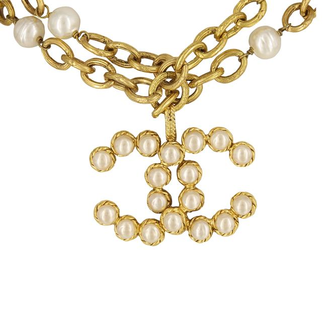 """Chanel Yellow Vintage 28 Season (Collection) Row Faux Pearl & Crystal Large Logo Pendant 30"""" Necklace Chanel Yellow Vintage 28 Season (Collection) Row Faux Pearl & Crystal Large Logo Pendant 30"""" Necklace Image 3"""