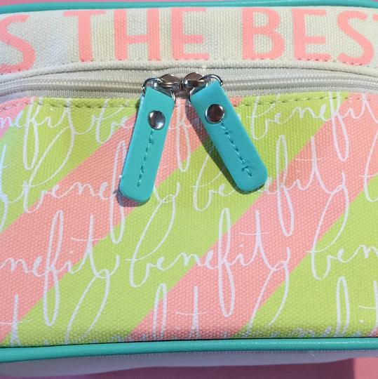 Benefit BENEFIT Laughter Is The Best Cosmetic MAKEUP CASE Train Case