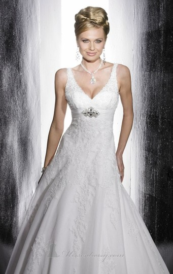 Preload https://item2.tradesy.com/images/christina-wu-white-wedding-dress-size-8-m-6007906-0-0.jpg?width=440&height=440