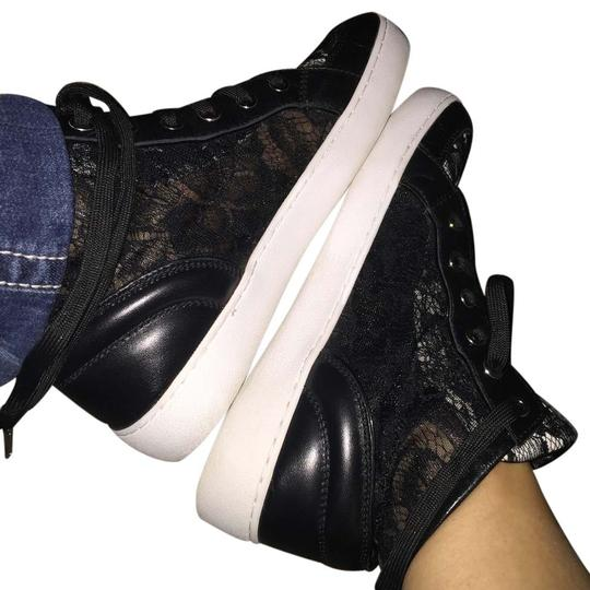 Michael Kors Lace & High Tops Sneakers Trainer Mk Leather Accent Faux Leather Dentelle Black & white Flats