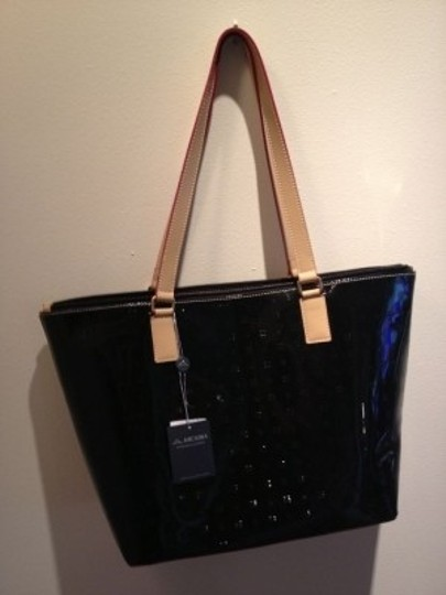 Arcadia Tote in Black
