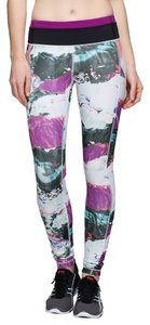 Lululemon Lululemon Speed Tight III *All Full-On Luxtreme Size 6 pigment wave multi/black/regal plum