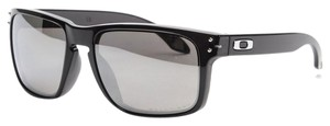 Oakley Oakley Black/Grey Lens OO9102-68 Sunglasses