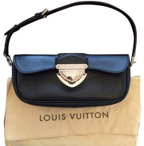 Louis Vuitton Montaigne Black Clutch