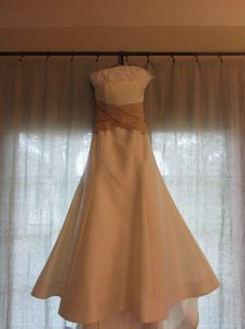 Carolina Herrera 34304 Wedding Dress