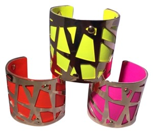 CasaDiBling The golden web Neon bracelet Cuffs