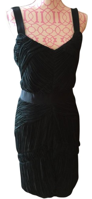 Item - Racing Green ( Deep Green ) It's A Must Have Color Sexy Mid-length Cocktail Dress Size 10 (M)